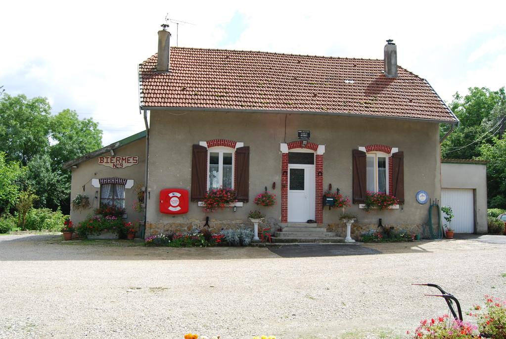 "Schleuse Nr. 9 ""Biermes"" am Canal des Ardennes"