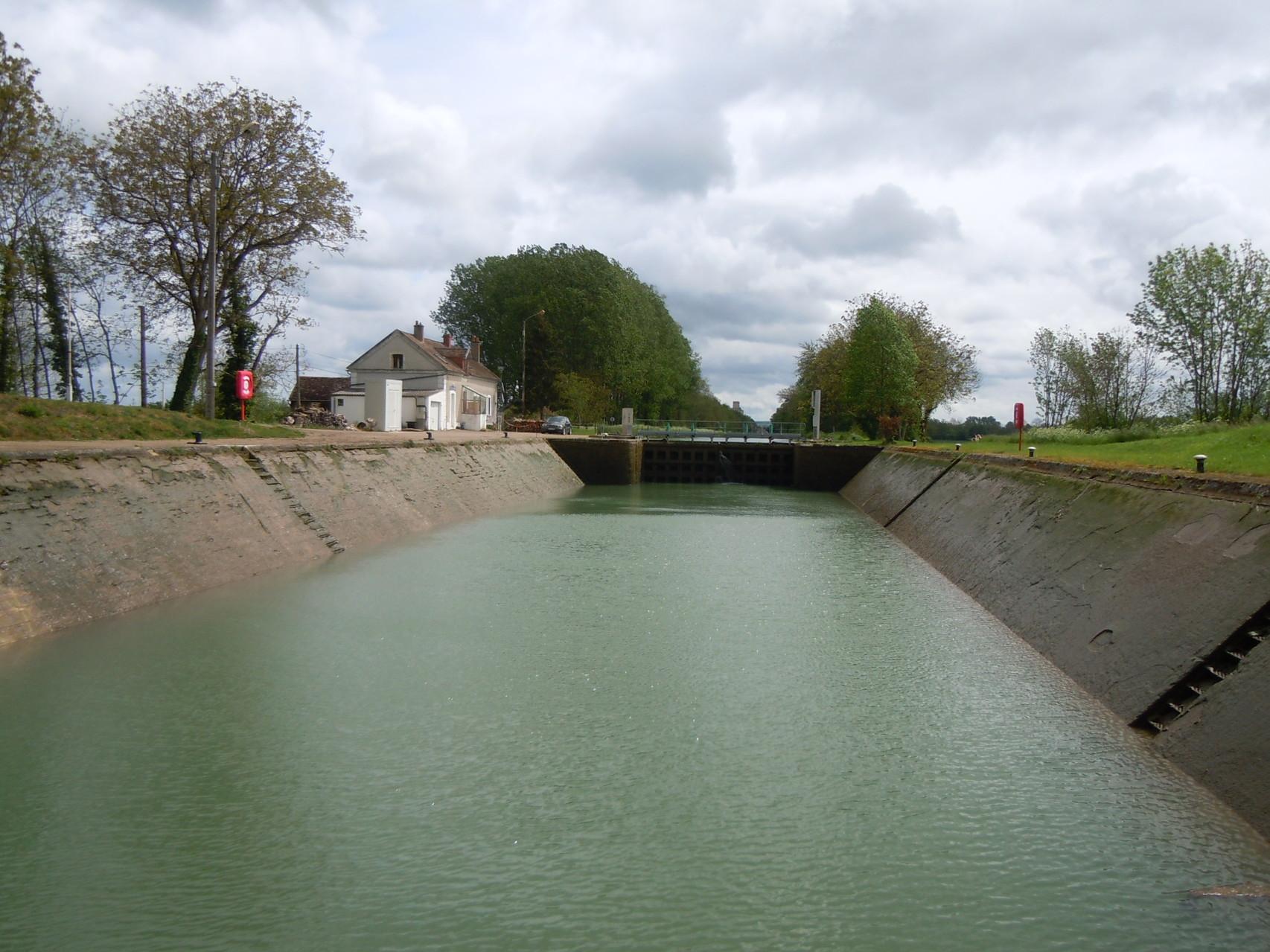 Schleuse auf der Yonne