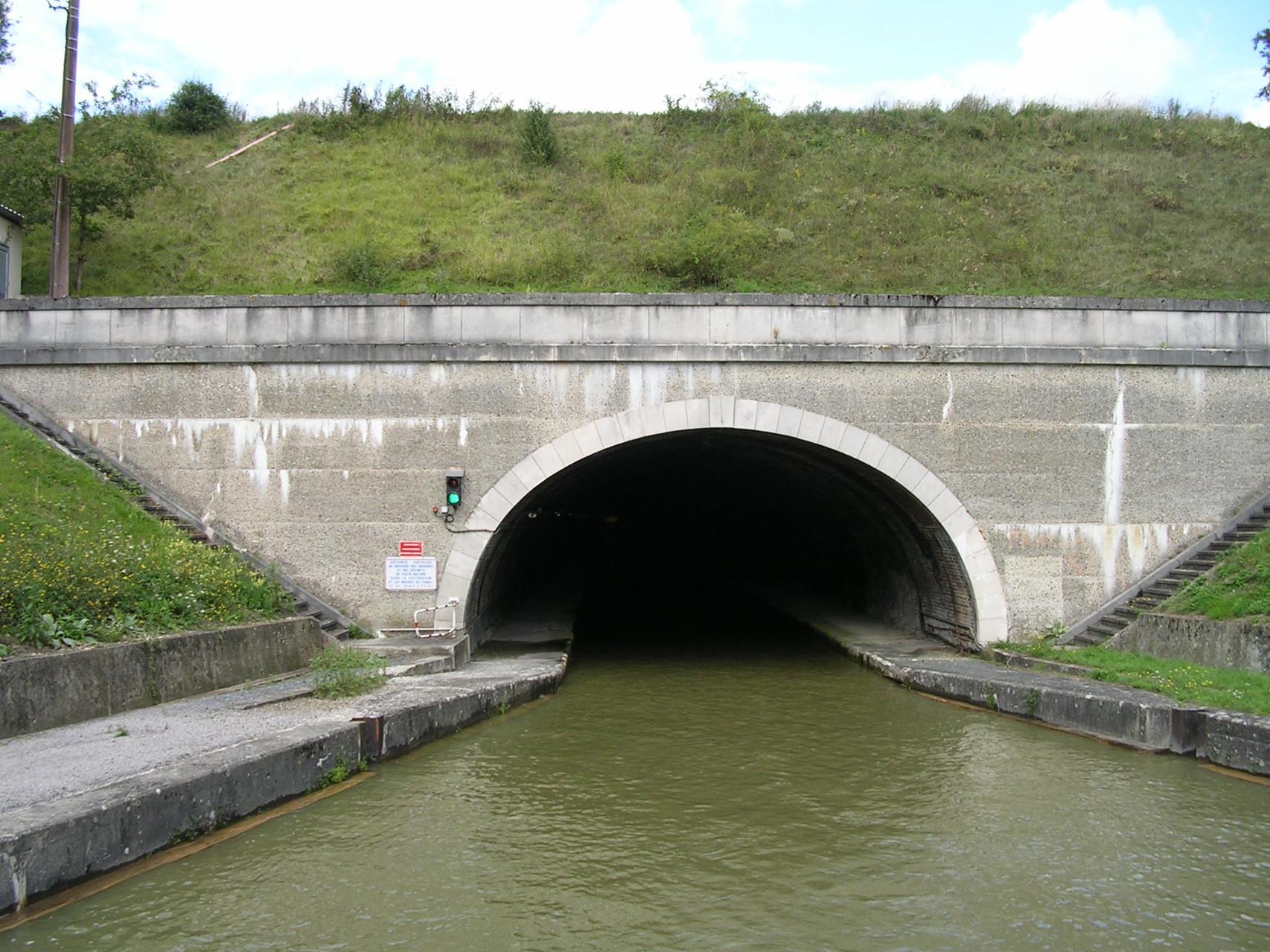 Tunnel Pannetterie auf dem Canal du Nord