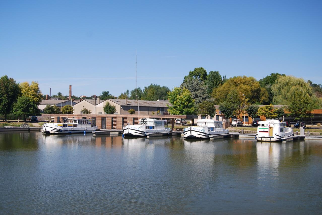 Locaboat Basis in Briare (Neueröffnung 2012)