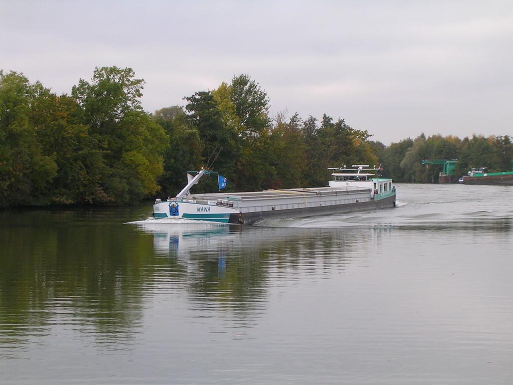Schiffsbegegnung auf der l'Oise