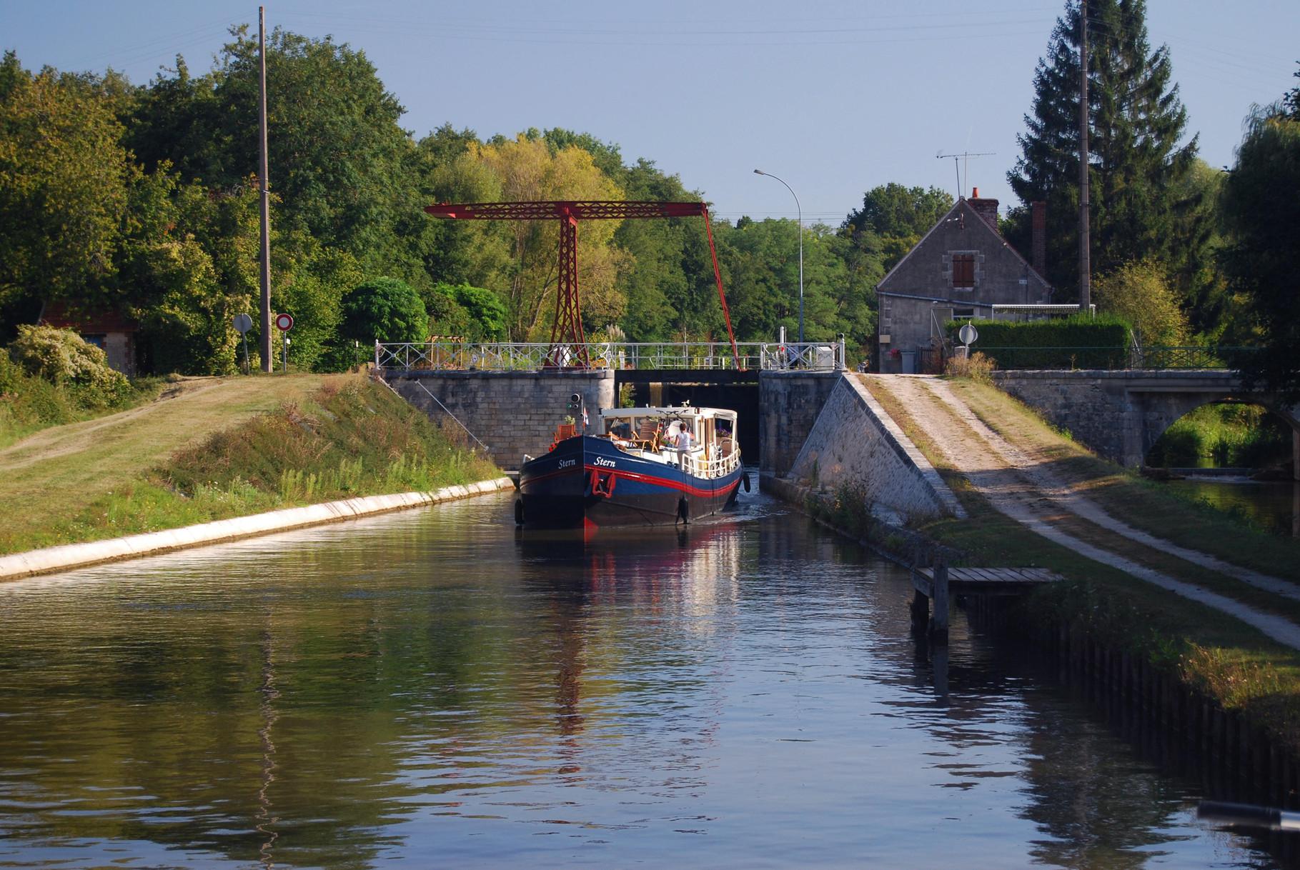 Auf dem Canal du Loing