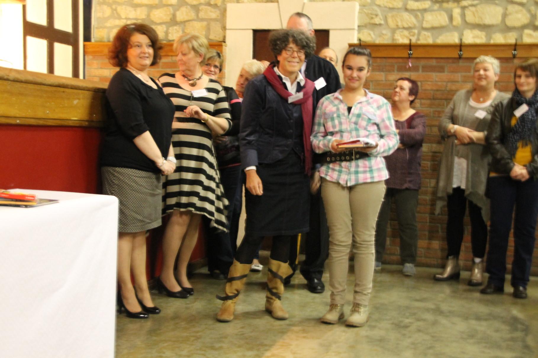 15ème prix remis par Marie Claire Stas - Membre de la LIR Arlon
