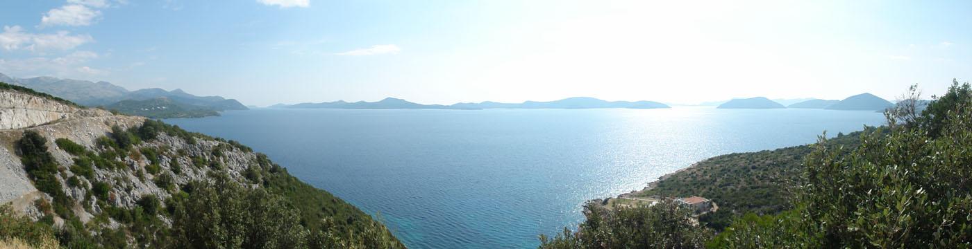 Das ganze Panorama vor der selben Hütte
