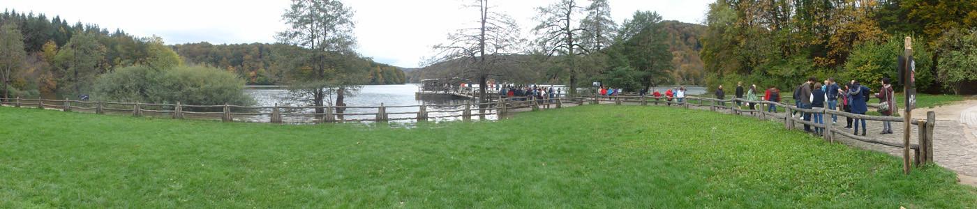 Bootsanlegestelle am See Jezero Kozjak