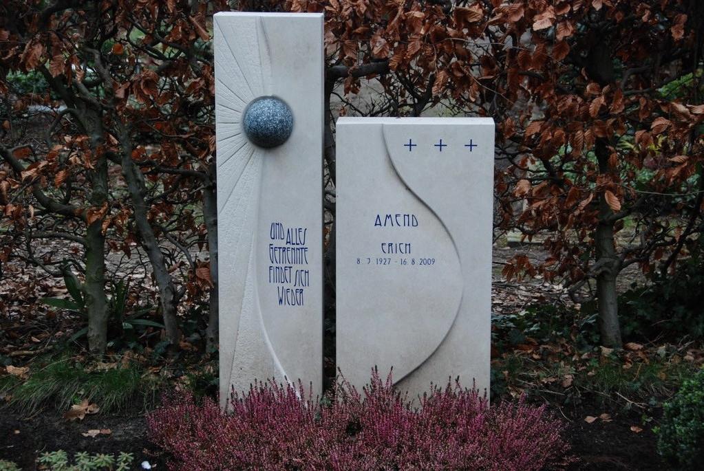 Grabstein aus Kalkstein