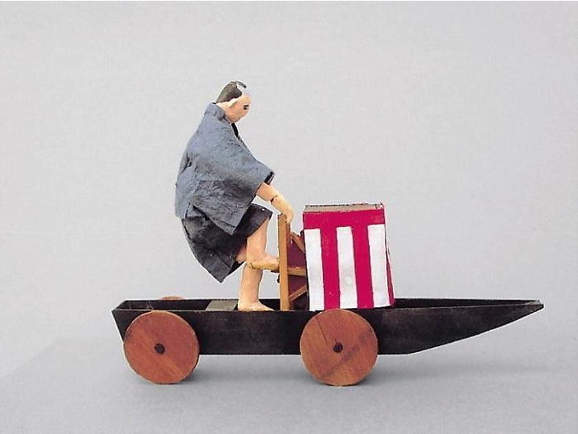 増田一裕氏による「陸船車」10分の1模型