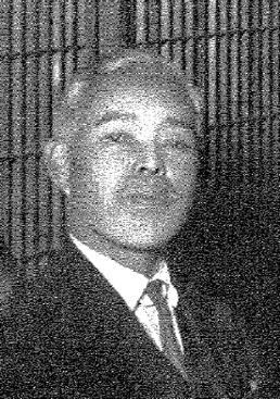 12代目戸谷間四郎。十間道路を開通し、坂東大橋や上毛鉄道の誘致に尽力した。