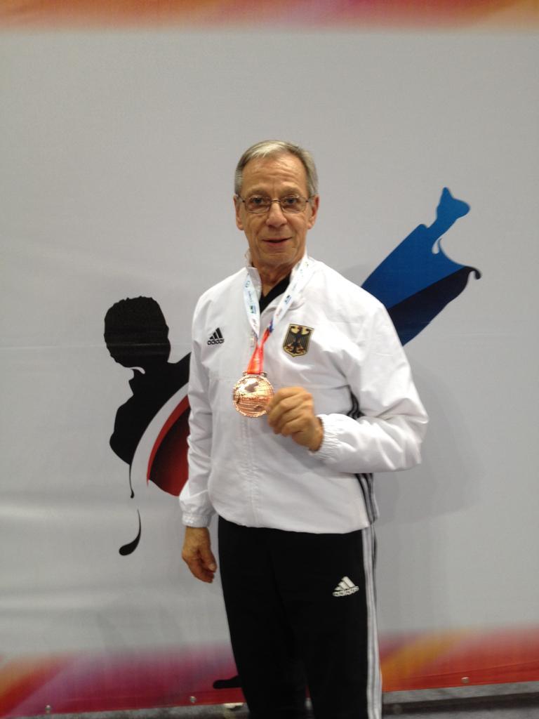 Satori Trainer Peter Johanns mit der Bronzemedaille