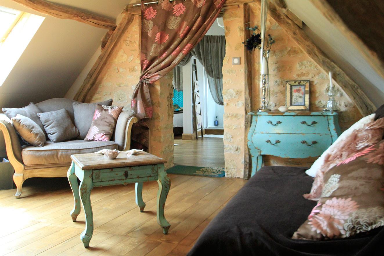 Chambre Les Voluptés de Marie, suite au décor moderne, chic et  authentique