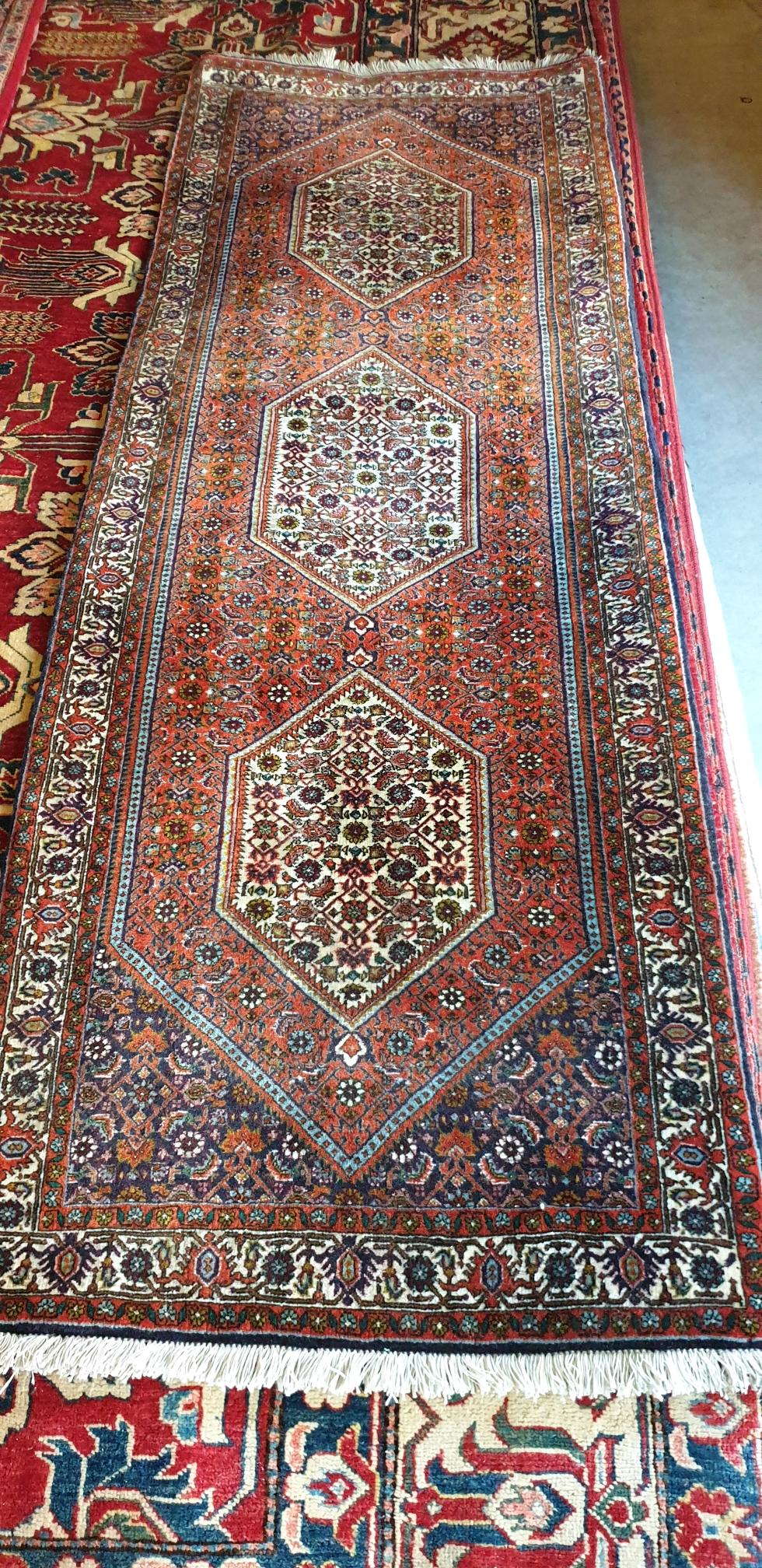 Persische Bidjar 219x078  €2800.-