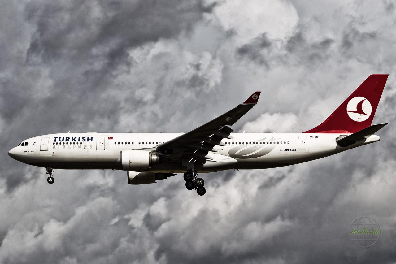 TC-JNF Turkish Airways Airbus A330