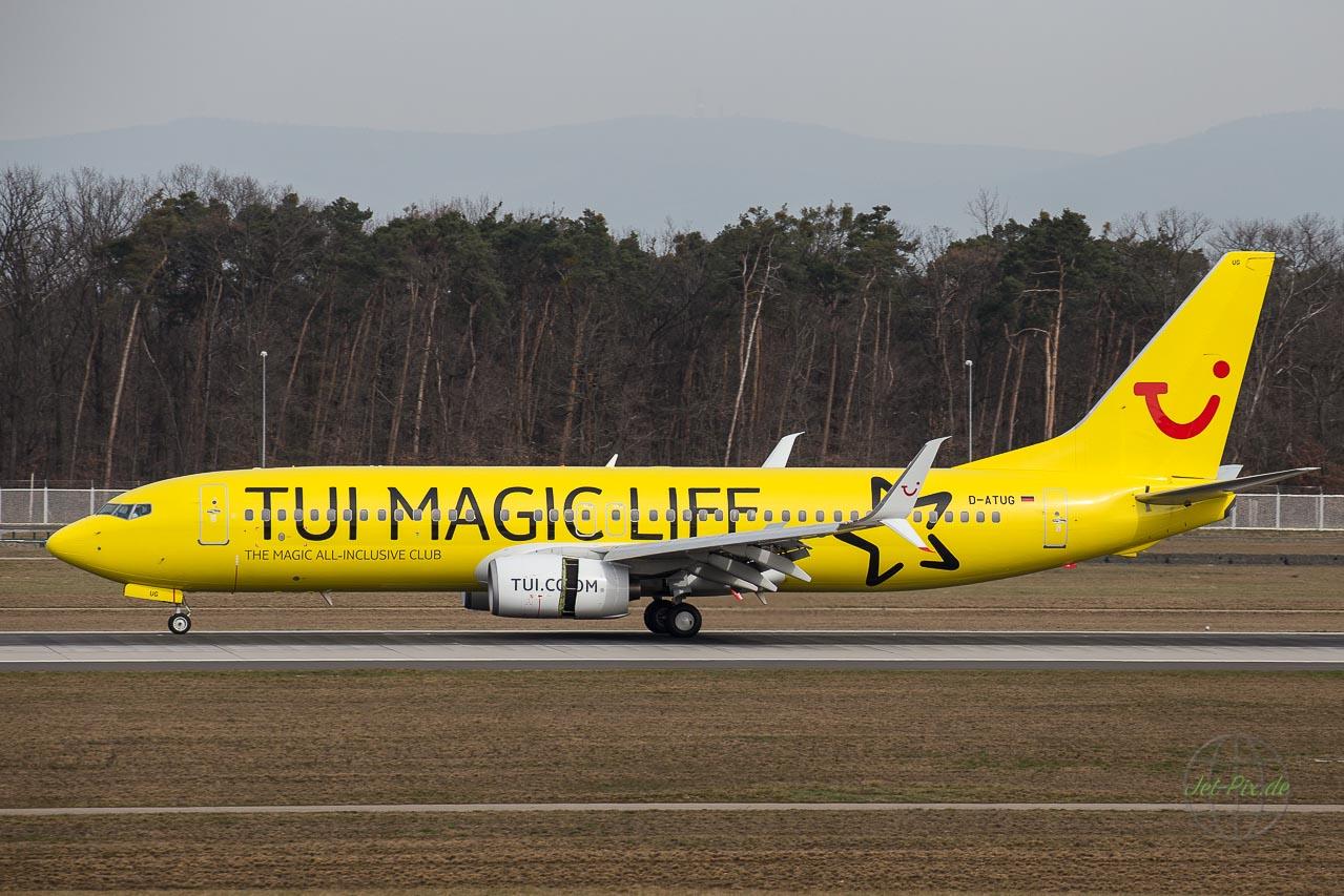 D-ATUG TUI Magic Life Nordwestbahn Flughafen Frankfurt