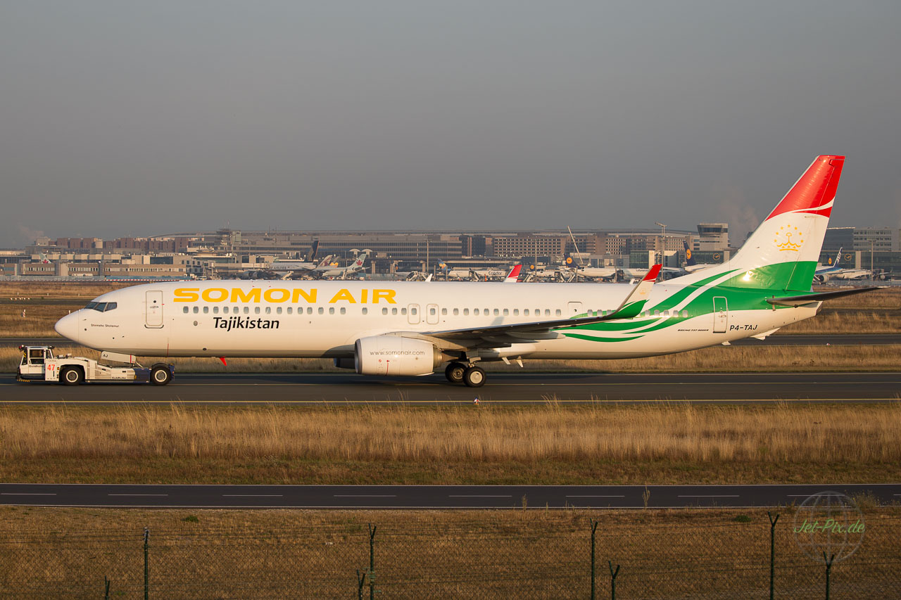 PA-TAJ Somon Air Boeing 737