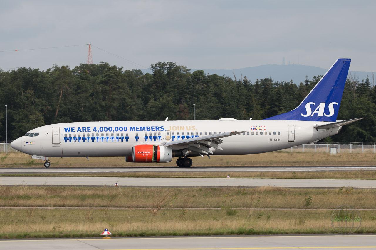 LN-RPM SAS Boeing 737