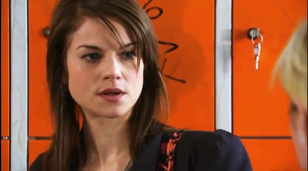 Jenny doesn't want to accept Emma's apology