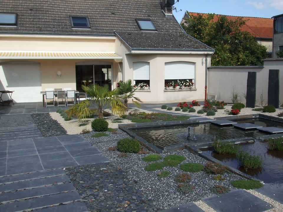 jardin minéral avec peu d'entretien