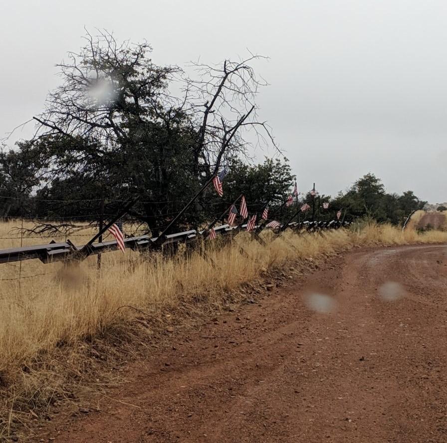 Vehicle barrier in San Rafael Valley (Arizona) (Photo: FMLT, 2019)