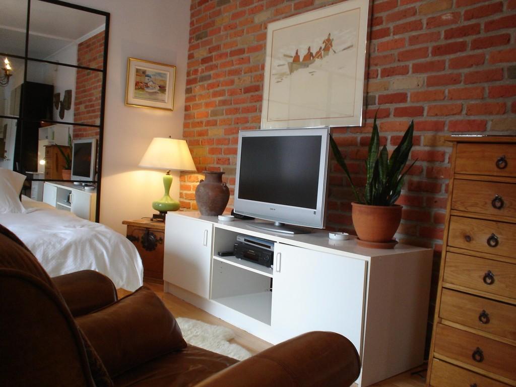 Location d 39 appartements et chambres meubl s montr al for Maison meubles montreal