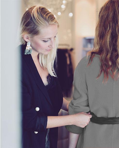 Personal Shopping Muenchen-Shoppingbegleitung-Stilberatung-Typberatung-Professioneller Stylist-Modeberatung