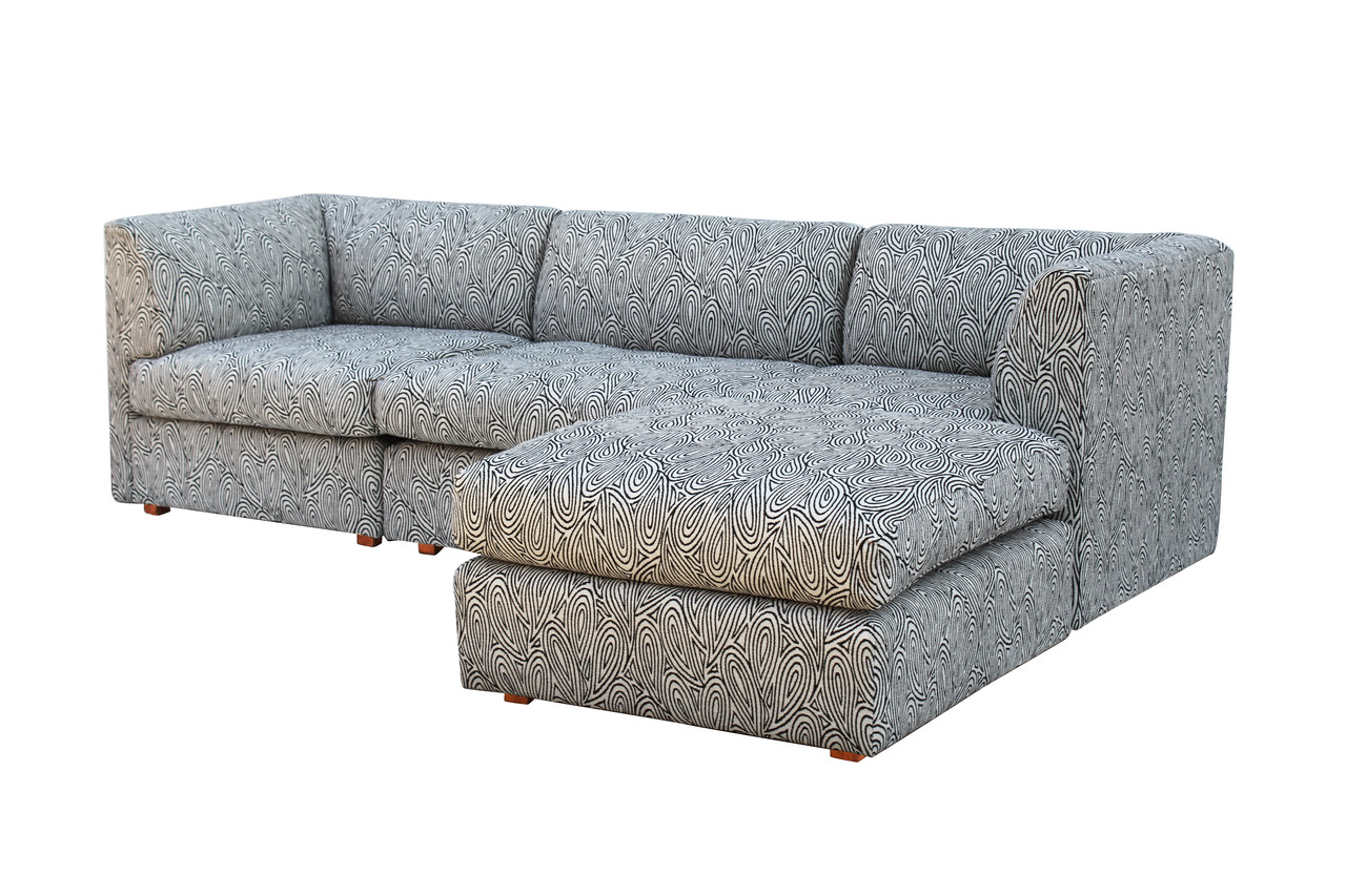 Terrific Sectional Sofa After Milo Baughman Nueve Grand Rapids Creativecarmelina Interior Chair Design Creativecarmelinacom
