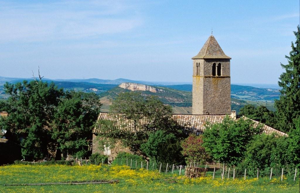 Eglise dans les monts du Lyonnais