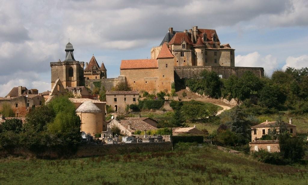 Pascal : chateau en dordogne