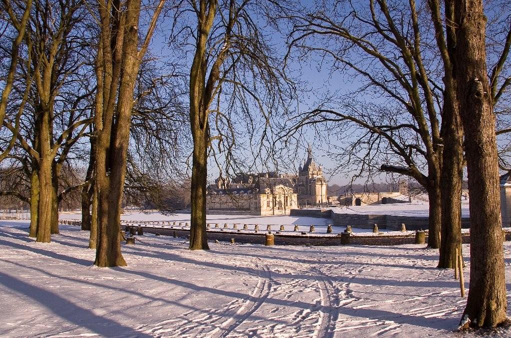 CHANTILLY sous la neige