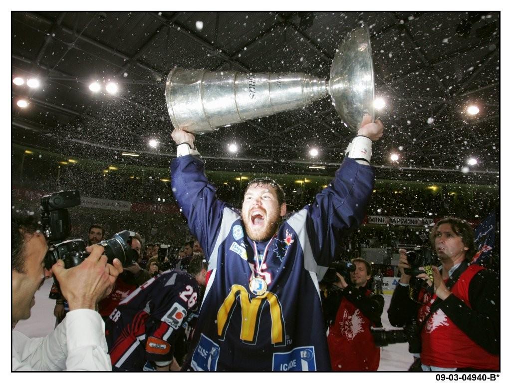 Alex : Hockey, la coupe