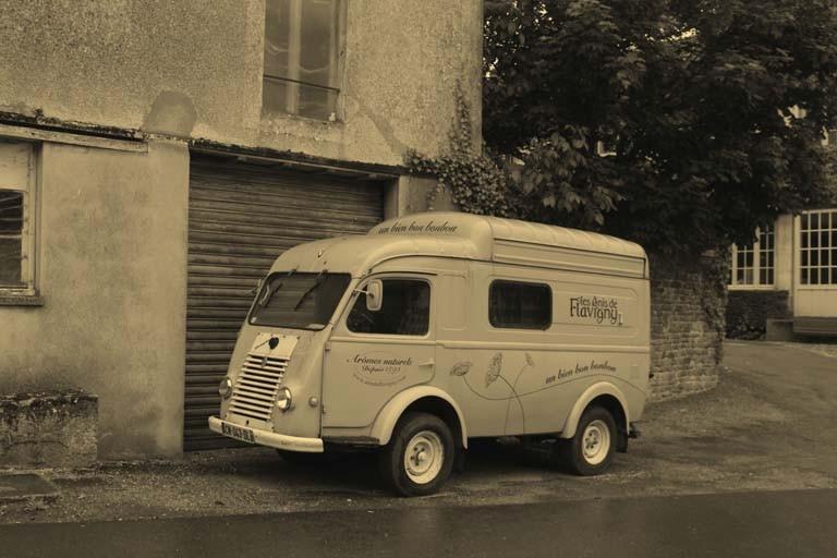 Pascale : Flavigny, un autre temps
