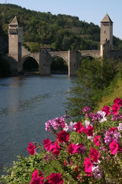 Pascale :Pont fleuri