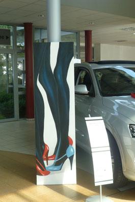 -Ausstellung-Marion Haas-im -Autohaus-Zeh-Eltville-Event-Tag-der-offenen-Tuer-Malereien-Skulpturen