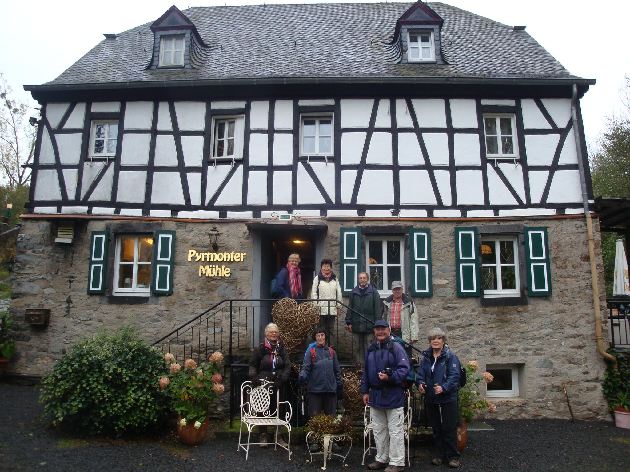 2012 - Etappenwanderung: Übernachtung in der Pyrmonter Mühle