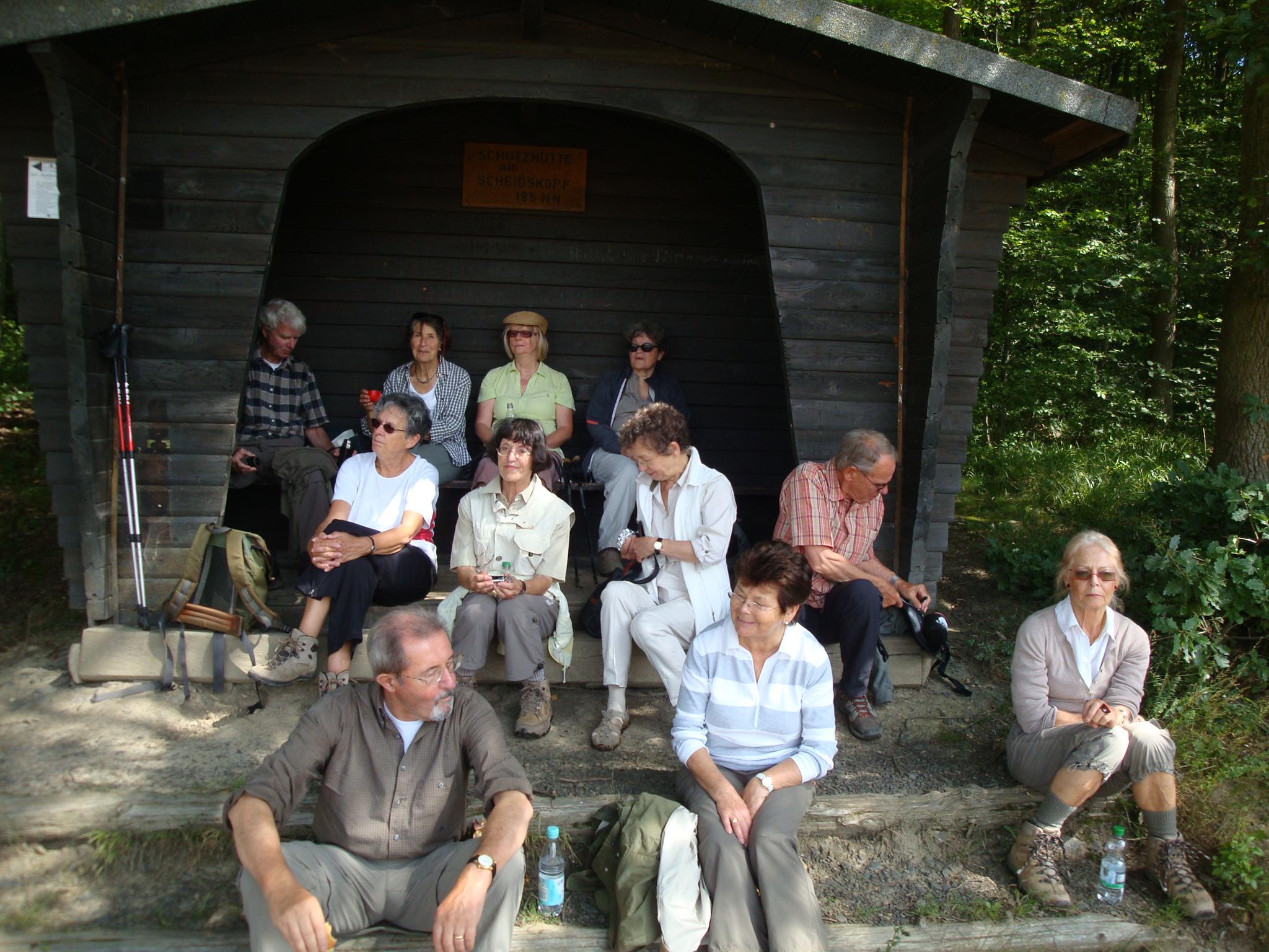 2012 - Etappenwanderung: Rast am Scheidskopf