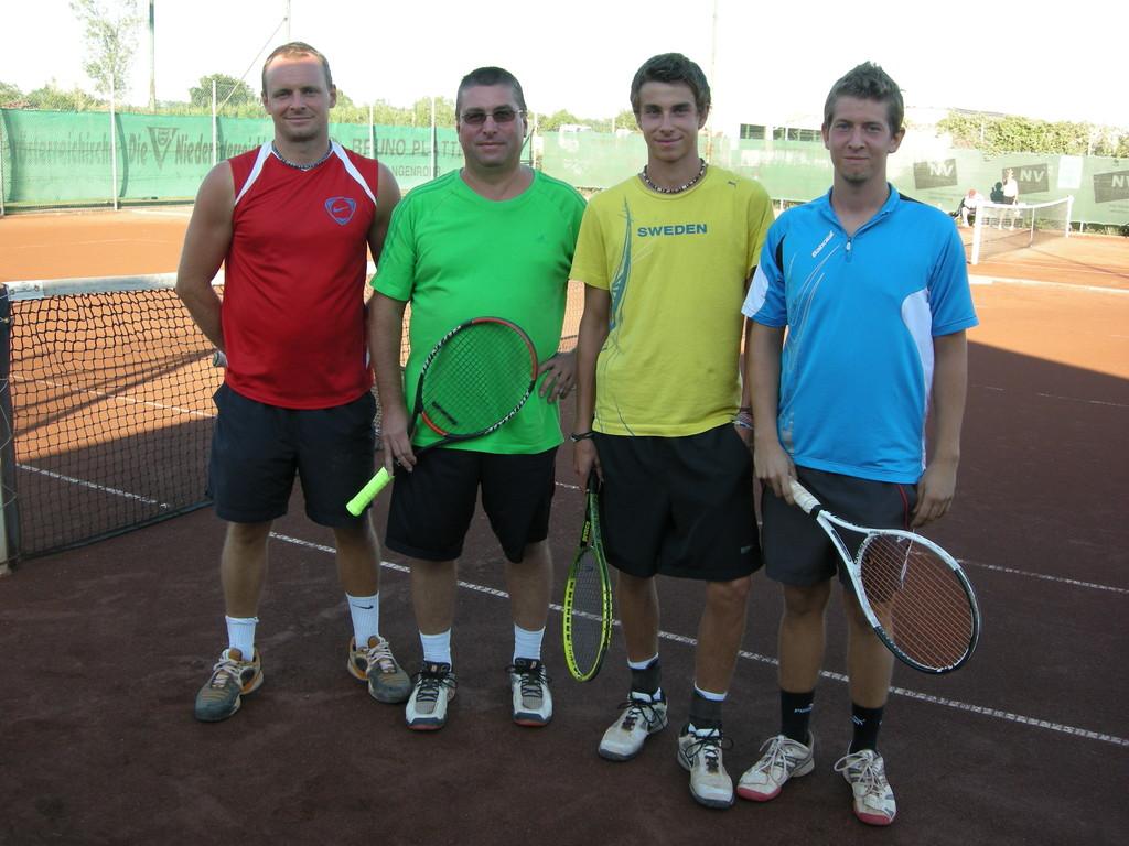 Finalisten Herrendoppel A-Bewerb: Robert Diglas, Hermann Hausdorf, Florian Wallner, Edi Walker