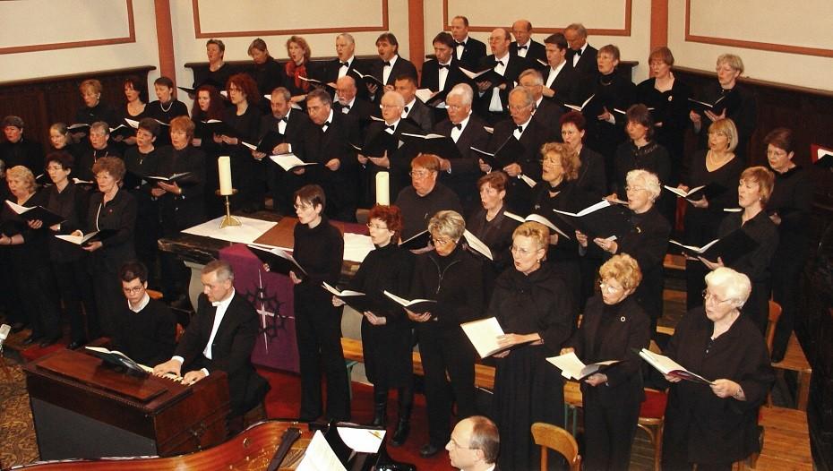 """Kantorei der Marktkirche 2005 beim Konzert mit Rossini: """"Petite Messe solennelle"""""""