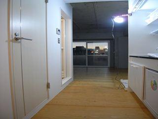 玄関から見た室内(after)