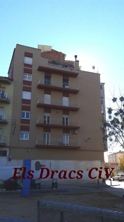 Edifici millorat a la Plaça Catalunya de Salt