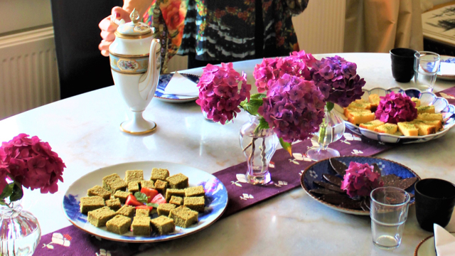 Welcome Tea -Japanese & french antiques + vintage Obi + my signature Matcha cake + flower from the garden