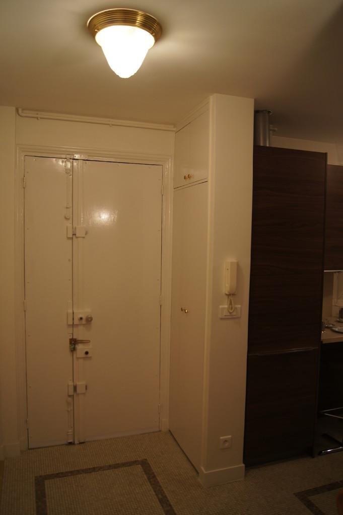 After renovation: frontdoor inside, switchboard