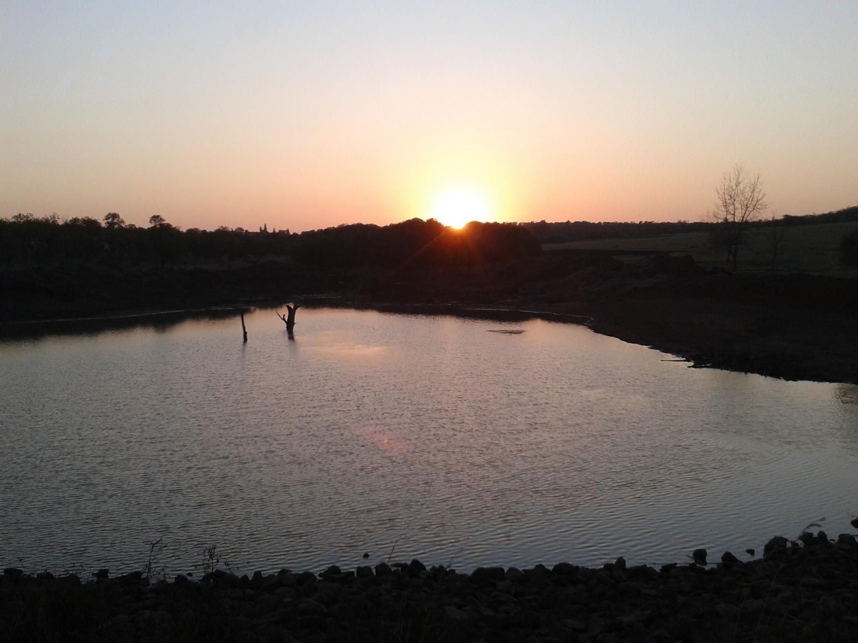 Running into Sunset *-*
