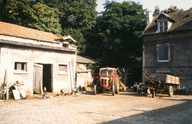 1R19-La ferme de Grignon-1988-Auteur ?? - Archives Municipales