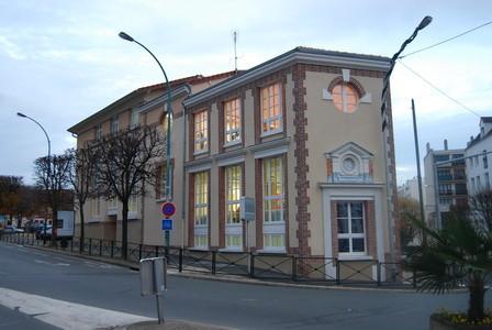 Ancienne Poste ,aujord'hui école