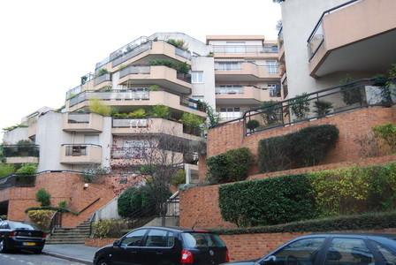 Rue Maurepas