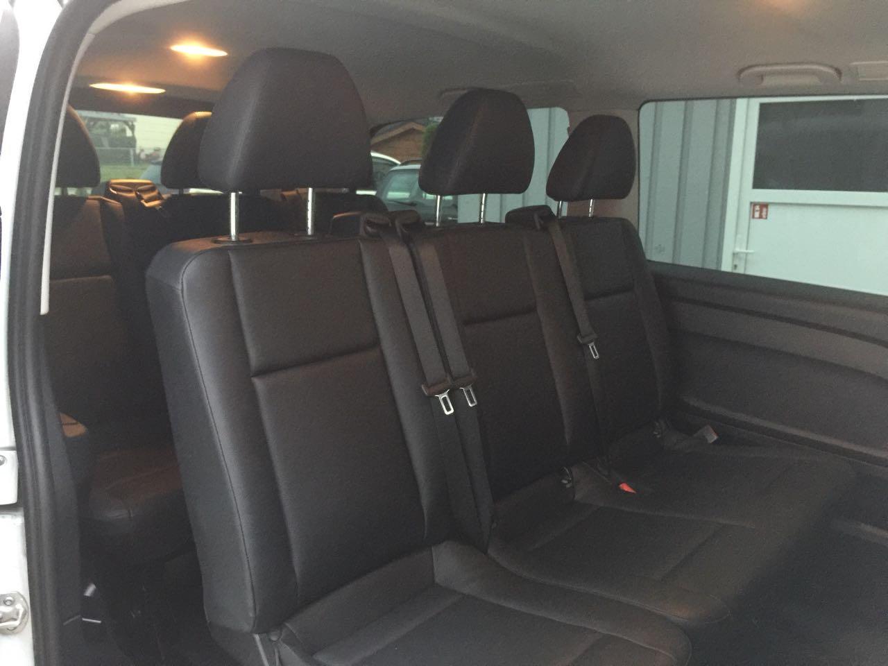 Mercedes Vito Bus, dass Taxi für bis zu 9 Personen und Gepäck