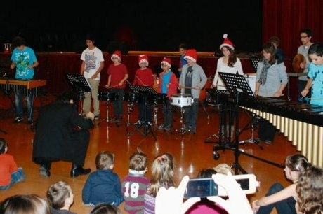Les élèves de la classe percussions de Michel Palay. (Photo D. J. H.)