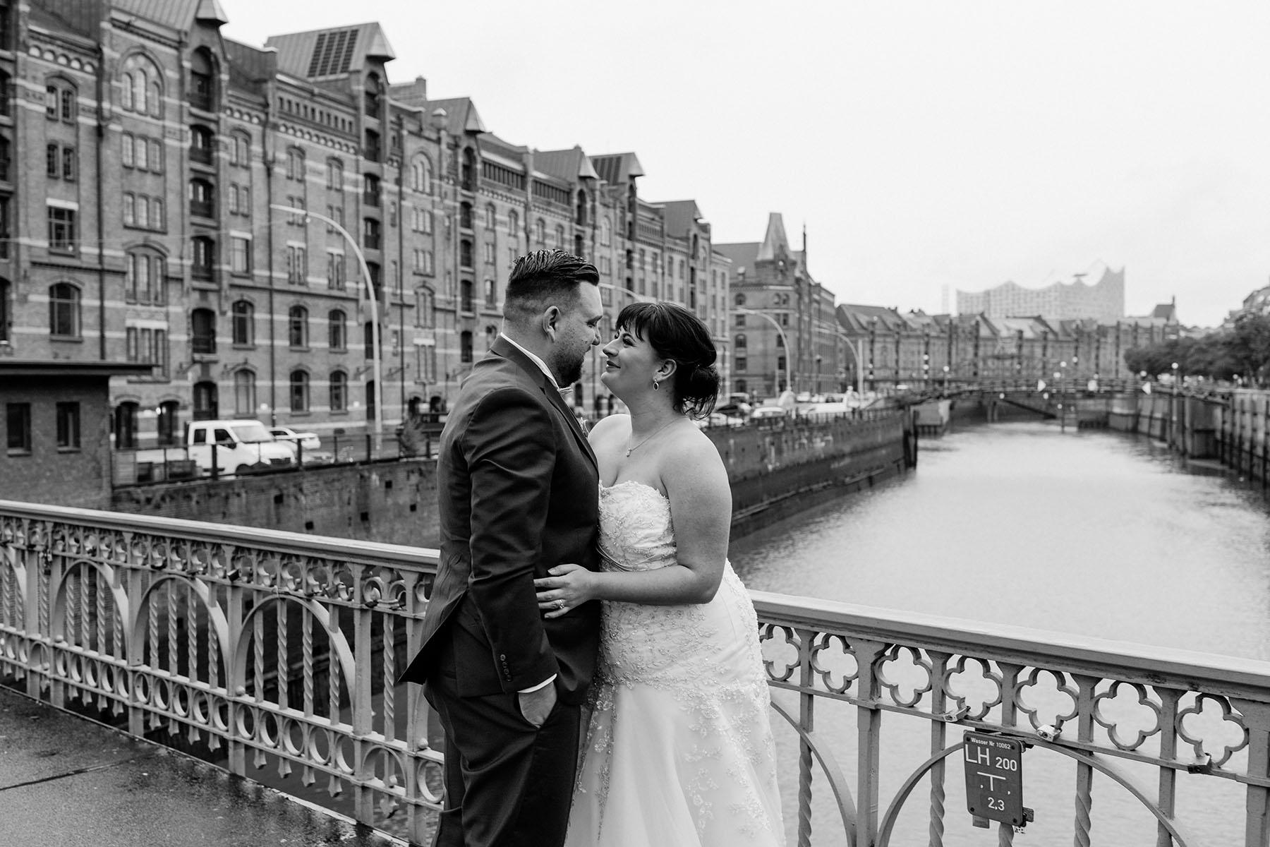 After-Wedding-Shooting in der Speicherstadt in Hamburg