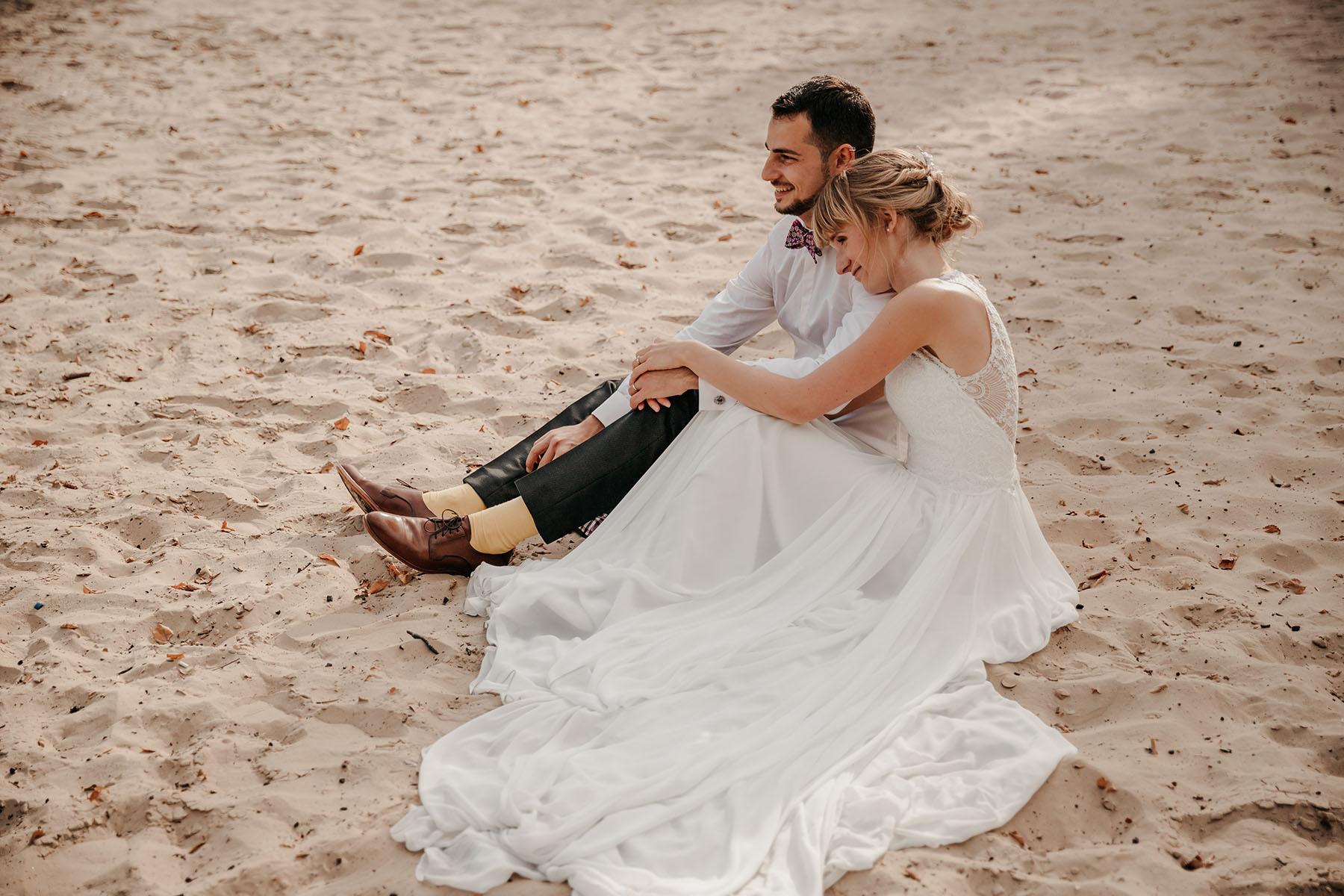 Brautpaar am Strand in Schleswig-Holstein