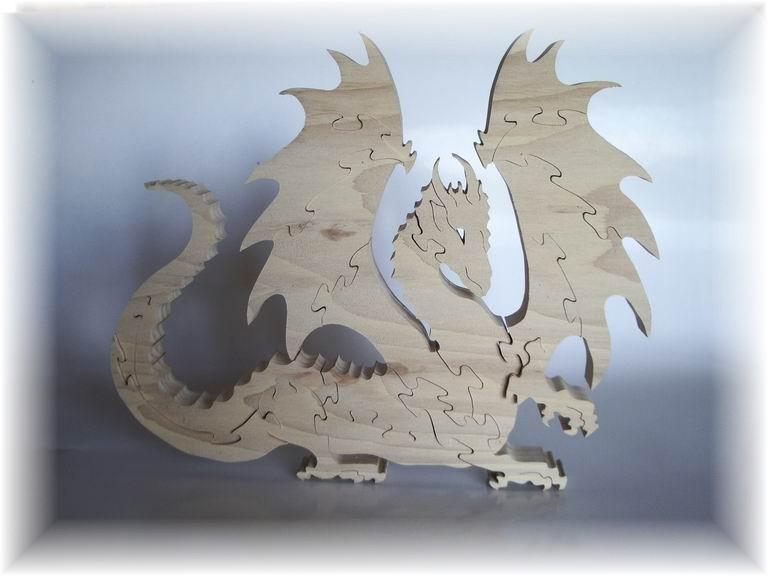 f6 dragon ailé déployé