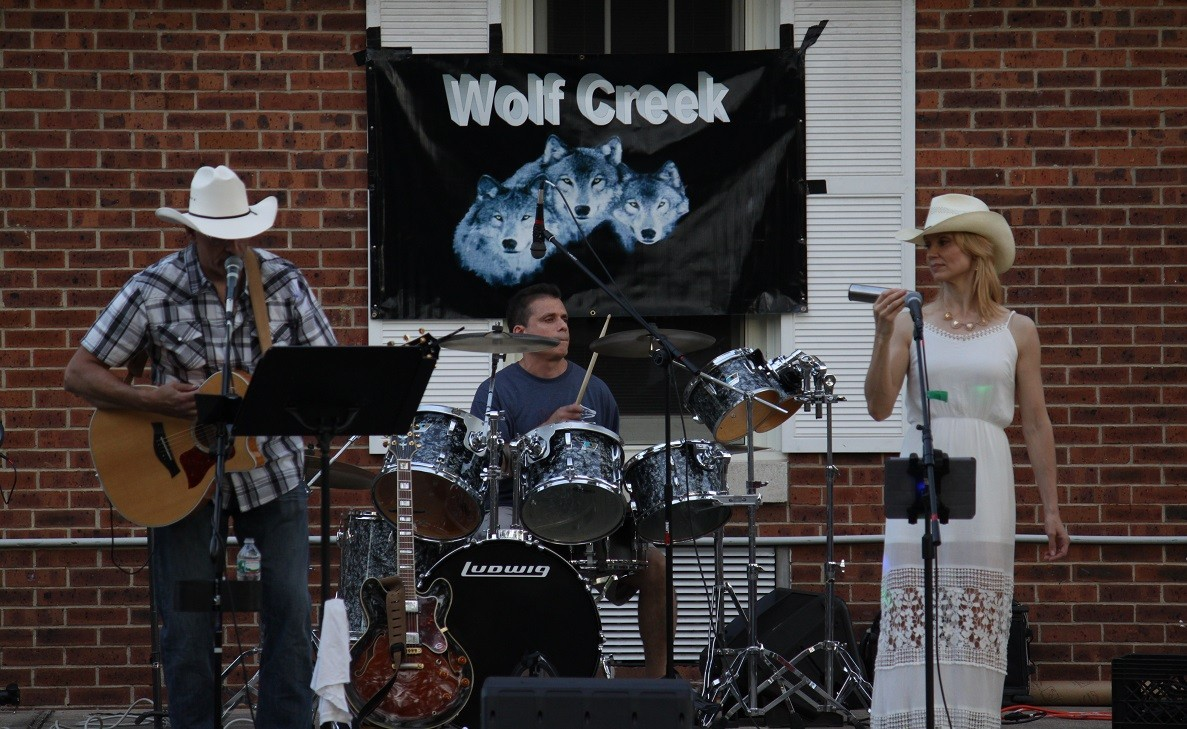 Wolf Creek brings a southern twist to the Summer Concert stage with rock & country classics.